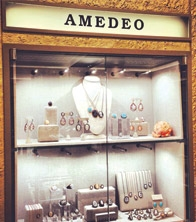 AMEDEO - Jewellery Fixtures
